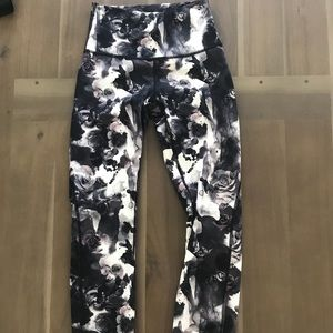 Lululemon high times special edition